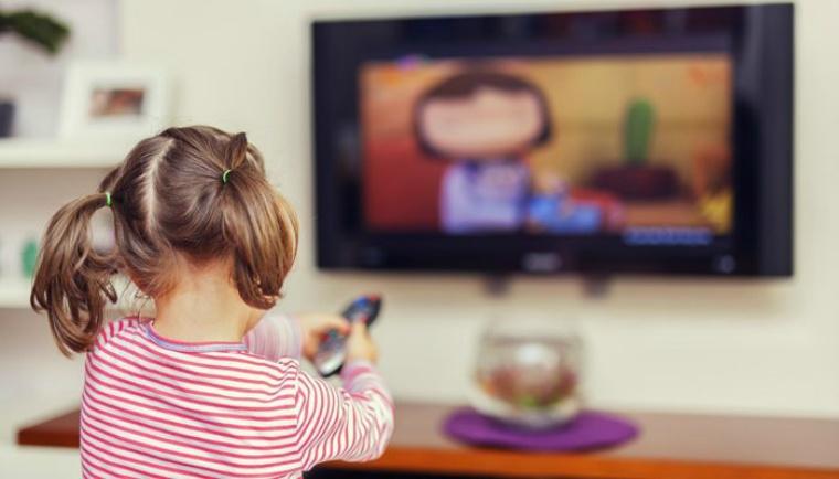 Телевізор шкодить дітям та підліткам