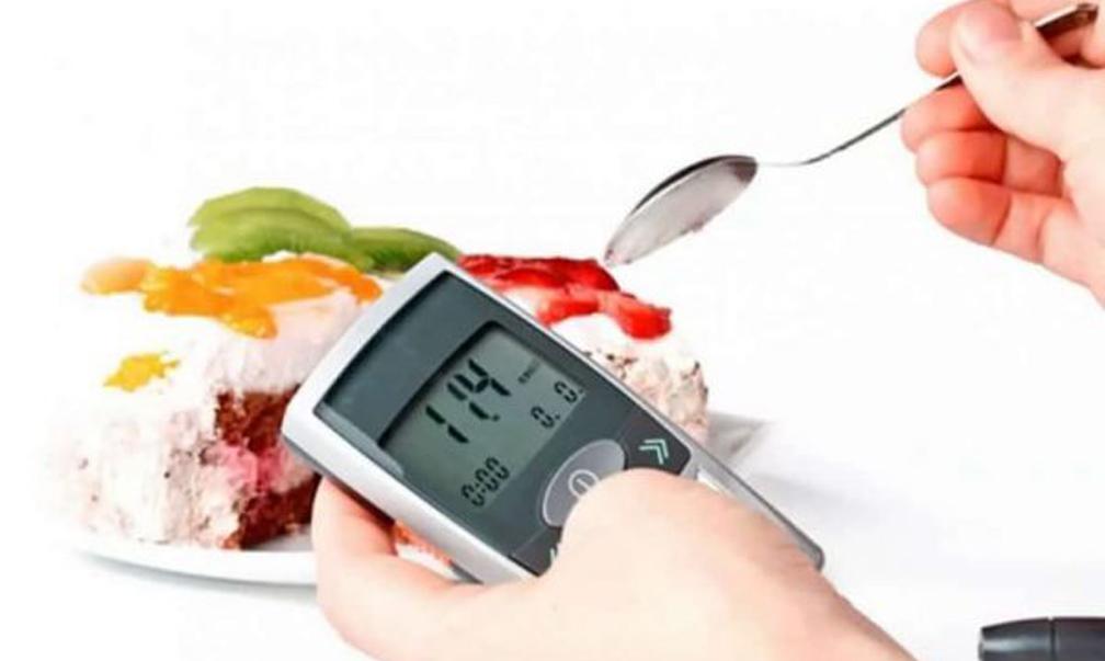 Контроль за рівнем цукру в крові